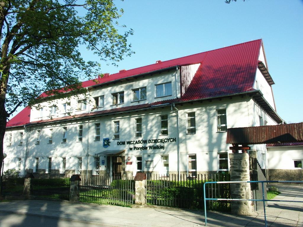 Dom Wczasów Dziecięcych w Porębie Wielkiej